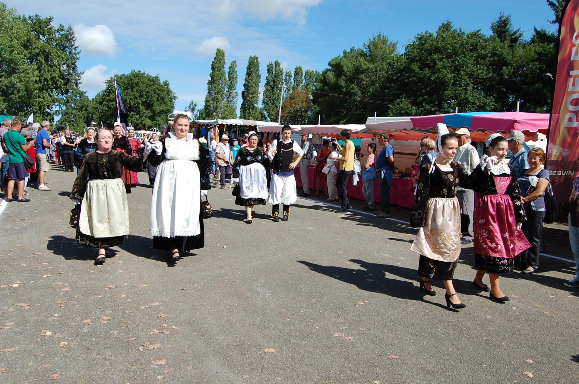 Les danseuses bretonnes